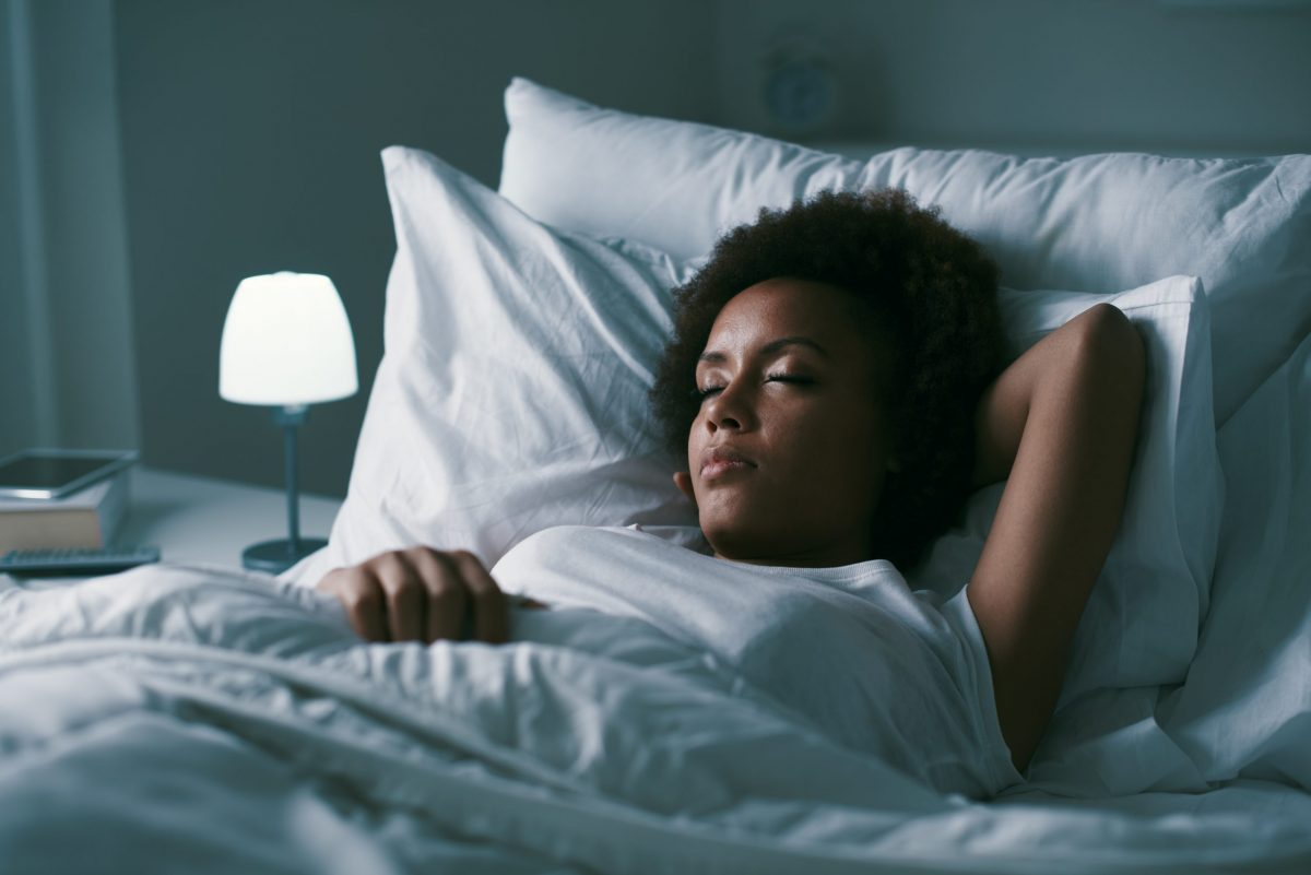 Woman with sleep apnea sleeping alone
